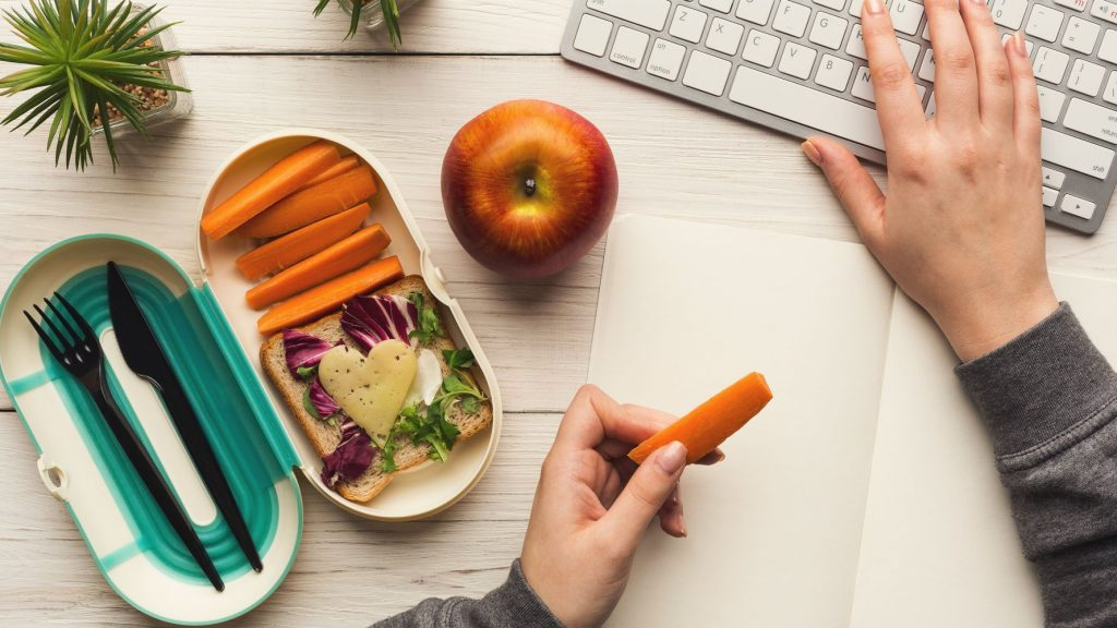 set your lunch break and snack timing
