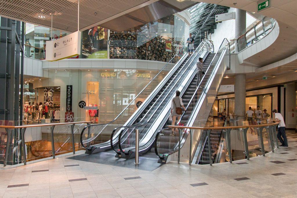 An application that helps you navigate through a shopping mall